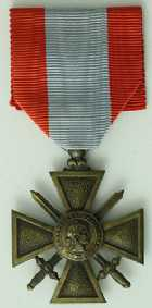 Photo numismatique  Ordres et Décorations Décorations Militaires Françaises CROIX DE GUERRE DES T.O.E.  Décoration